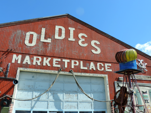 Oldies Marketplace / from TheSirensTale.com